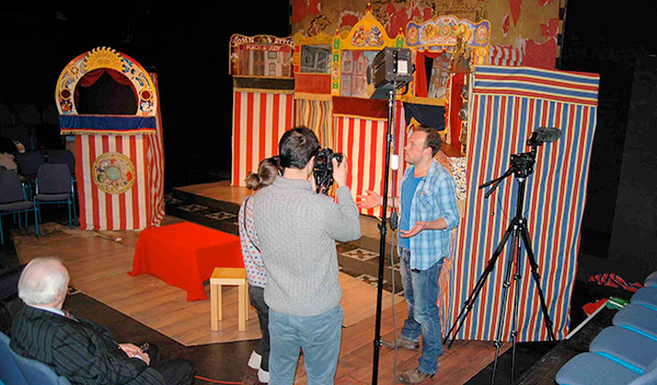 punch-and-judy-onscreen-1