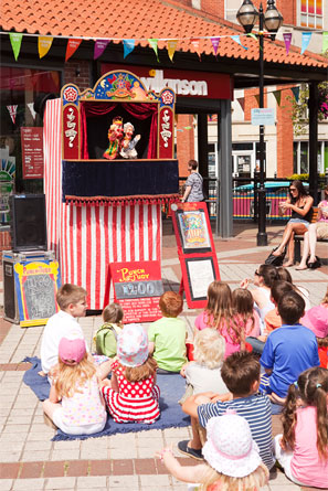 punch-and-judy-performers-2