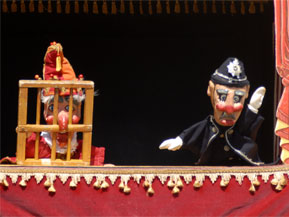 punch-and-judy-performers-3
