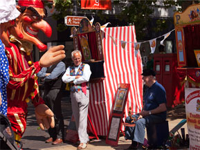 punch-and-judy-performers-6