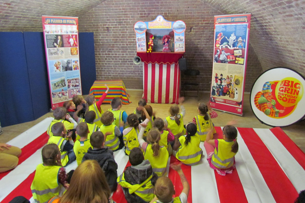 punch-and-judy-schools-1